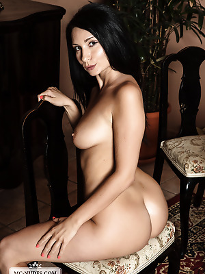 MC-Nudes  Kat  Ass, Babes, Boobs, Breasts, Tits, Softcore, Amazing, Squeeze, Erotic, Solo