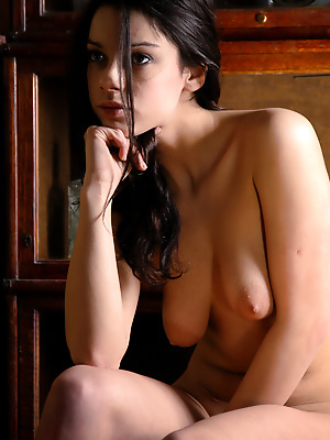 Showy Beauty  Sofira  Brunettes, Boobs, Pussy, Breasts, Tits, Cute, Shaved
